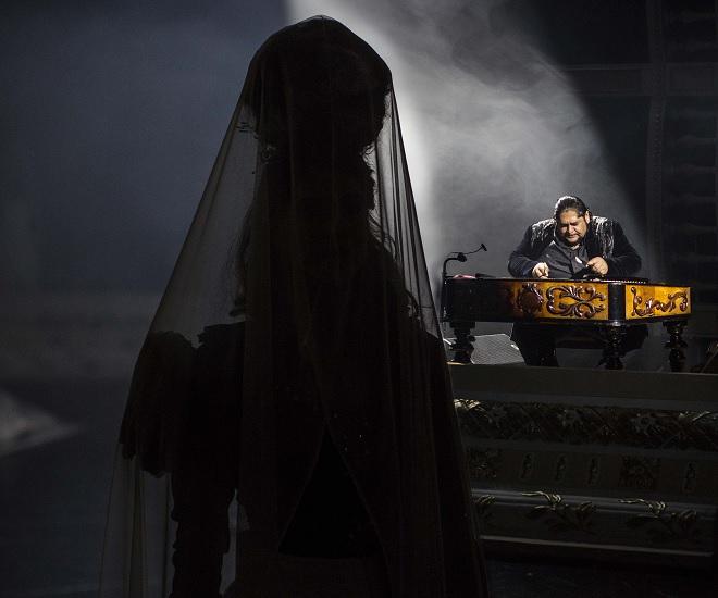 Bizet/Šarközi: Carmen à la Gypsy Devils - Adriana Pinková (Carmen), Ernest Šarközi - SND 2015 (Peter Brenkus)