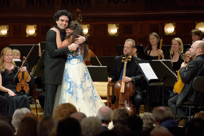 Cecilia Bartoli & Rolando Villazón - Cecilia Bartoli (mezzosoprán), Rolando Villazón (tenor) - Smetanova síň Obecního domu Praha 2015 (foto Petr Dyrc)