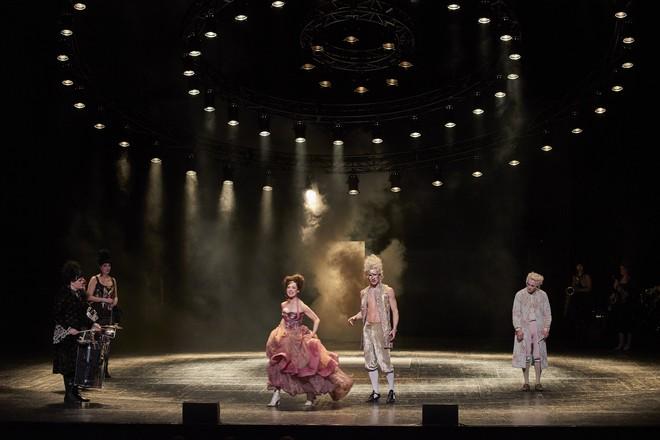 W. A. Mozart: Don Giovanni. Poslední večírek (foto KIVA)