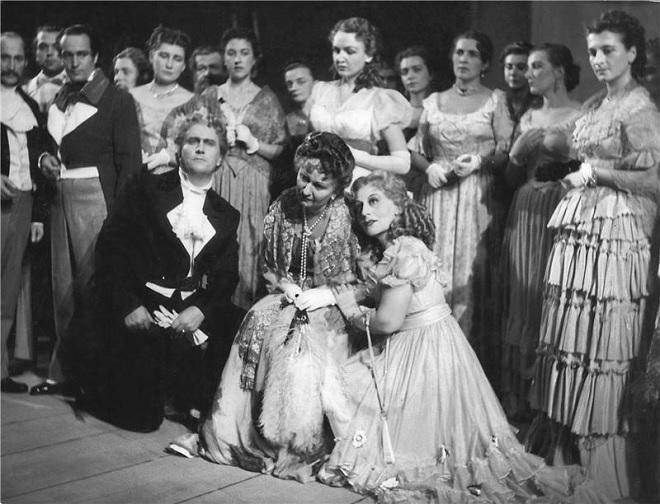 P.I.Čajkovskij: Eugen Oněgin - V. Vodeničarov, M. Čadikovičová, J. Vymazalová, Š. Štěpánová - ND Praha 1953 (foto Jaromír Svoboda)