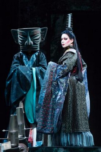 Giacomo Puccini: Turandot - Nina Stemme (Turandot) - Opernhaus Curych (foto Judith Schlosser)
