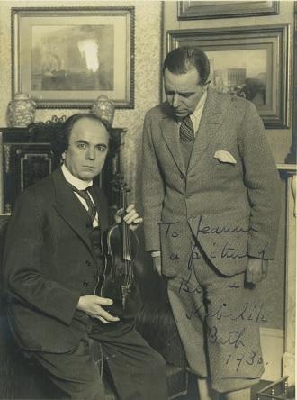Jan Kubelík v roce 1930 po koncertu v anglickém Bathu