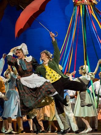Marná opatrnost – choreografie Frederick Ashton - Roman Lazík a Masayu Kimoto - Wiener Staatsballett (foto Ashley Taylor)