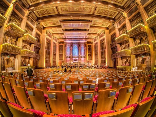 Royal Opera House Muscat (foto scoopempire.com)