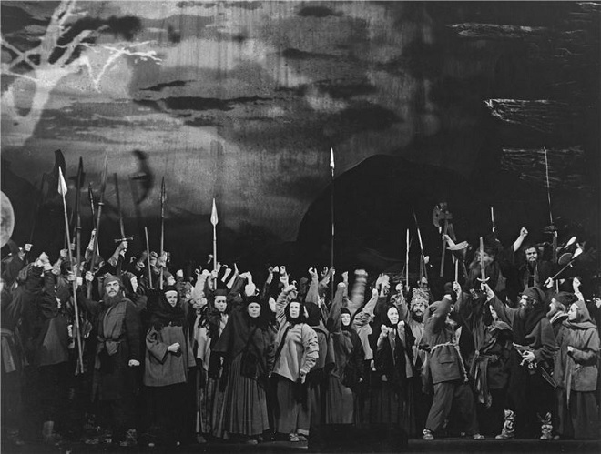 M.P.Musorgskij: Boris Godunov - ND Praha 1974 (foto Jaromír Svoboda)