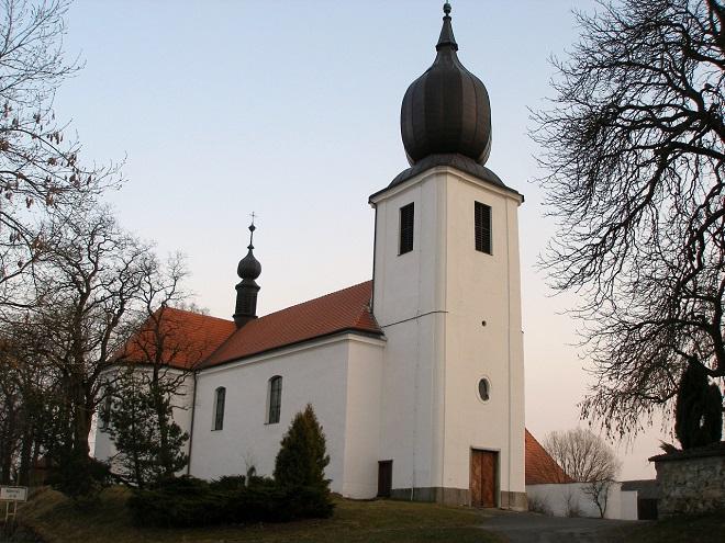 Starý Rožmitál - farní kostel Povýšení svatého Kříže (foto archiv)