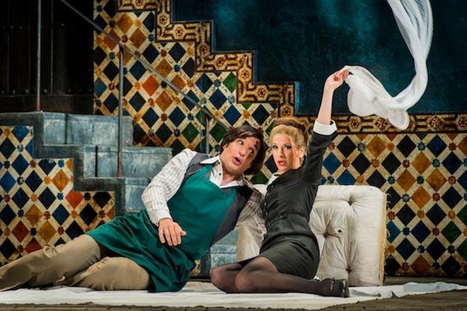 W.A.Mozart: Le nozze di Figaro - Adam Plachetka (Figaro), Laura Tatulescu (Zuzana) - Glyndebourne 2013 (foto archiv)