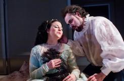 G. Verdi: Rigoletto - Barbara Sabella (Gilda), Jakub Rousek (Vévoda z Mantovy) - Moravské divadlo Olomouc 2016 (foto Jan Procházka)