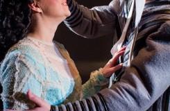 G. Verdi: Rigoletto - Barbara Sabella (Gilda), Jakub Tolaš (Rigoletto) - Moravské divadlo Olomouc 2016 (foto Jan Procházka)