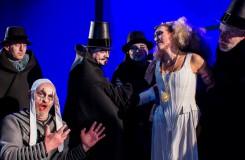 G. Verdi: Rigoletto - Vladislav Zápražný (Rigoletto), Olga Jelínková (Gilda) - Moravské divadlo Olomouc 2016 (foto Jan Procházka)