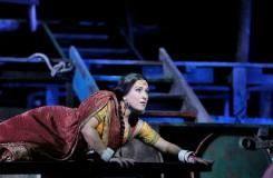 Bizetovi Lovci perel v Metropolitní opeře