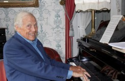 70 let za dirigentským pultem, do penze se ale nechystá. Georges Prêtre v novoročním rozhovoru