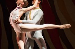 P.Zuska: Ballettissimo - 7. symphony - Alina Nanu, Giovanni Rotolo (II.věta - Dva páry) - ND Praha (foto Anna Rasmussen)