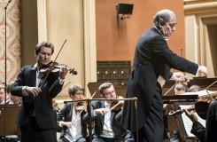 Josef Špaček a filharmonici v plné parádě