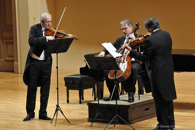 ČSHK - Klavírní kvarteto Antonína Dvořáka Vídeň - Filip Waulin, Jonáš Krejčí, Milan Šetena (foto © Zdeněk Chrapek)