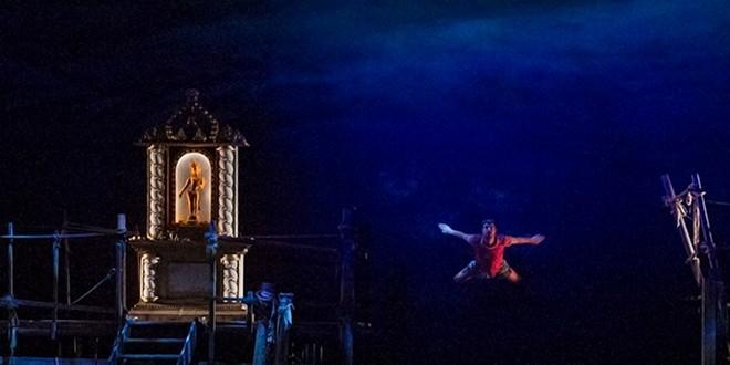 G.Bizet: Les pêcheurs de perles - Met 2015 (foto Ken Howard)