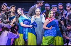 Fotogalerie: Národní divadlo uvedlo premiéru Rossiniho Popelky