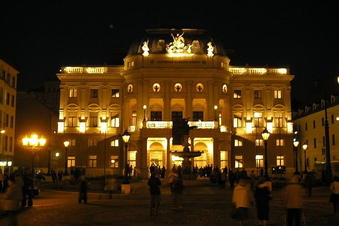 Slovenské národní divadlo Bratislava (foto archiv)