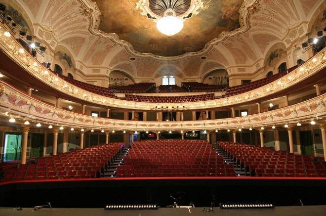 Hudební divadlo Karlín (foto archiv)