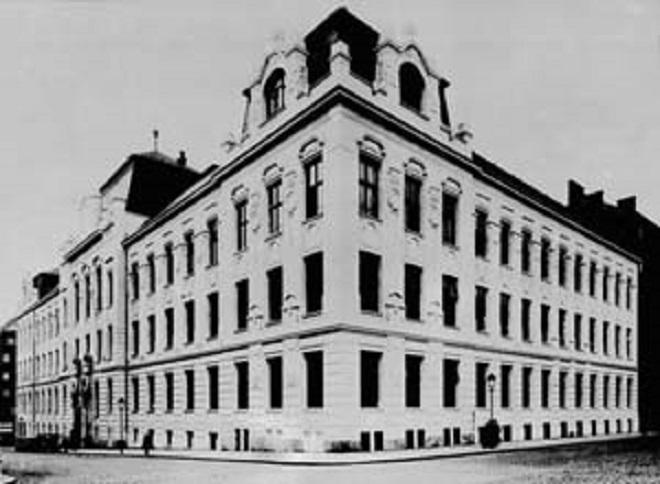 stará budova Pražské konzervatoře v Trojanově ulici (foto archiv autora)