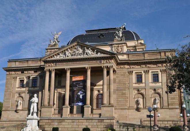 Hessiches Staatstheater Wiesbaden (foto archiv)