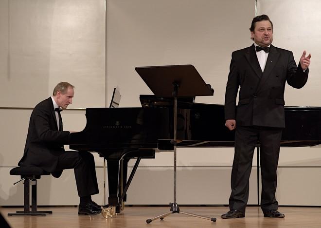 Franz Schubert: Zimní cesta - Gabriel Beňáček, Peter Pažický - Reduta Bratislava (foto Jan Lukas)