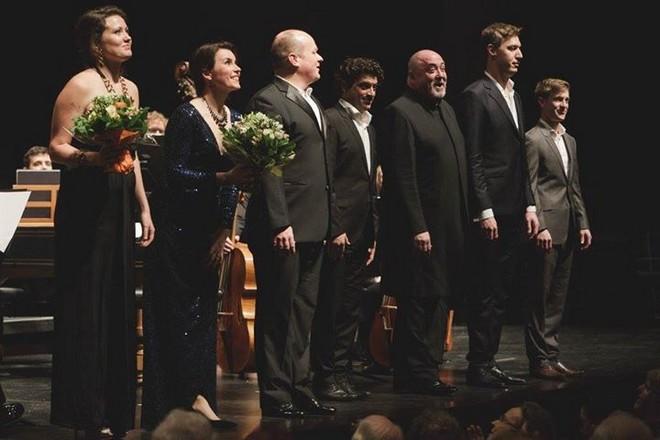 sólisté představení Acis und Galatea při závěrečném aplausu – Mozartwoche Salcburk 2016 (foto FB Mozartwoche)