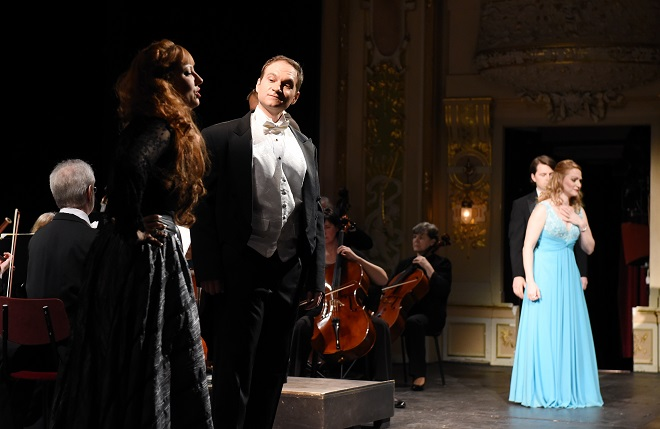 Koncert Operního studia University Britské Kolumbie - Elena Razlog, Philippe Castanger, Jason Klippenstein, Nicole Brooks (foto Pavel Křivánek)