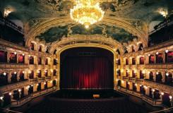 Národní divadlo zrušilo čtvrteční premiéru Pucciniho Butterfly ve Státní opeře