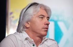 Dmitri Hvorostovsky kvůli své nemoci odřekl Otella v Salcburku
