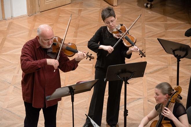 Czech Ensemble Baroque - John Holloway (Jolana Halalová - JoliFoto ©2016)