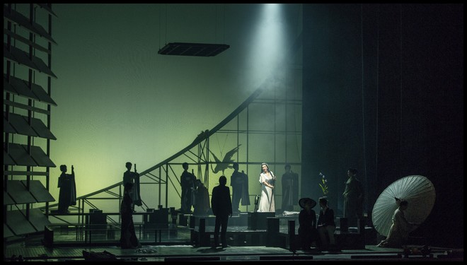 Giacomo Puccini: Madama Butterfly – ND Praha 2016 (foto Patrik Borecký)