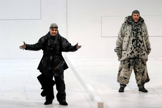 Miroslav Srnka: South Pole – Rolando Villazón (Robert Scott) a Thomas Hampson (Roald Amundsen) – Bayerische Staatsoper Mnichov (foto Anne Kirchbach)