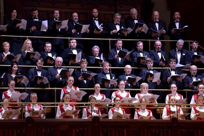 Dagmar Pecková & José Cura - Pražský filharmonický sbor, Dětský sbor Jitro (foto Petr Dyrc)
