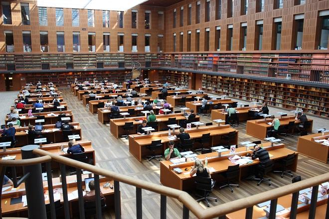 Die Sächsische Landesbibliothek – Staats und Universitätsbibliothek Drážďany (foto archiv)