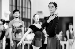 S. Prokofjev: Sněhová královna - Alina Nanu (Sněhová královna), soubor Baletu ND - foto ze zkoušky (foto Martin Divíšek)