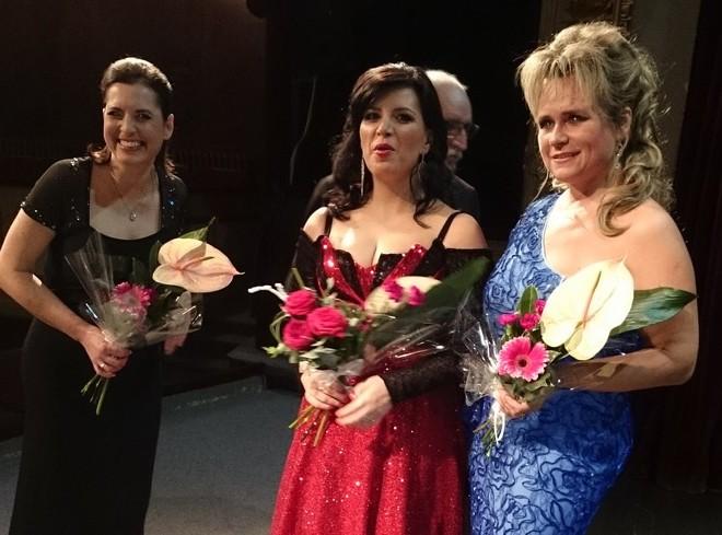 Královna zpěvu Ema Destinnová - Barbora Kodetová, Andrea Kalivodová a Ladislava Vondráčková (Tábor) (zdroj Arco Diva)