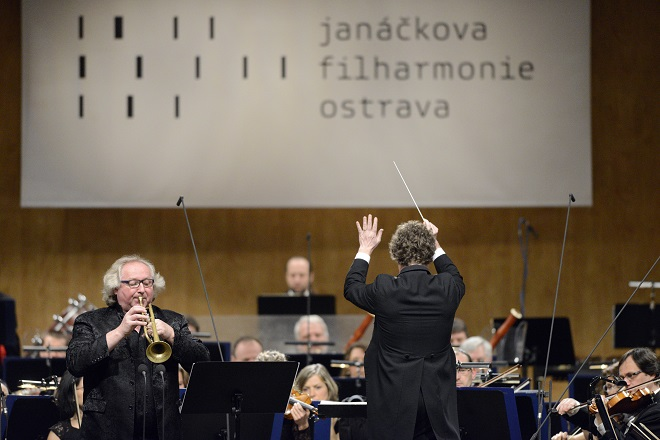 V hlavní roli trubka - Reinhold Friedrich, Heiko Mathias Förster, Janáčkova filharmonie (foto Ivan Korč)
