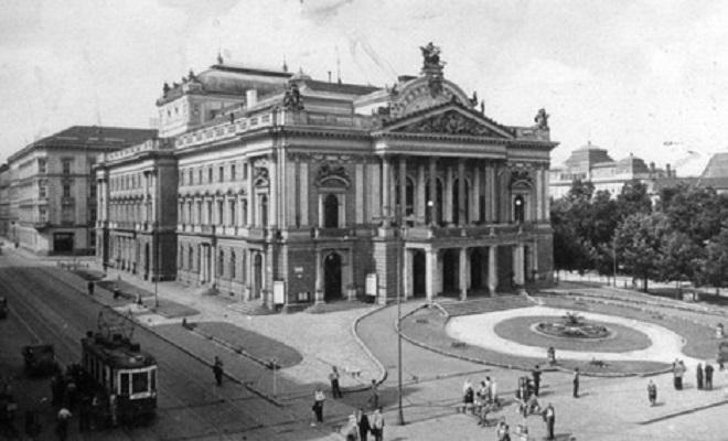 Divadlo Na hradbách Brno - nynější Mahenovo divadlo (foto archiv)