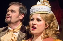 Olomouc nejnověji vsadila na operetu o krádeži perel, intrikách a potrestaném zlu