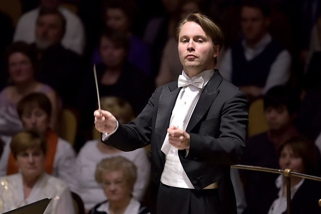 Pietari Inkinen - Symfonický orchestr hl.m.Phy FOK - 2./3.3.2016 (zdroj FB FOKu)