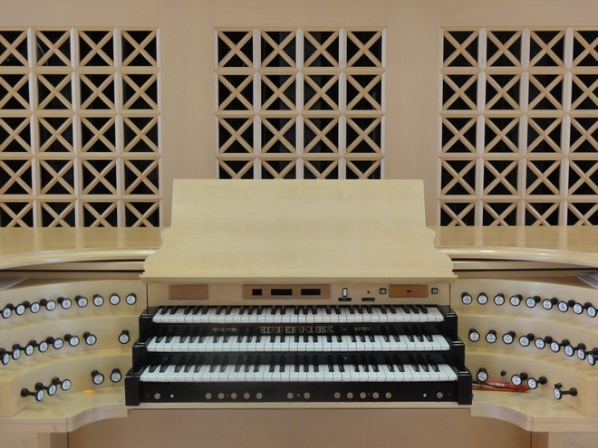 Sál Martinů – Lichtenštejnský palác, HAMU v Praze – varhany (foto archiv autora)