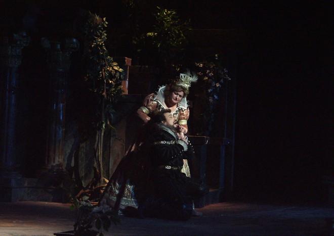 Giuseppe Verdi: Don Carlos - Sergej Larin, Lili Larinová - SND Bratislava