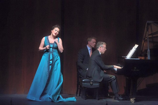 Anna Netrebko a Malcolm Martineau - Metropolitan Opera 2016 (foto FB Anny Netrebko)