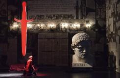 Narodil se nový operní režisér. Thomasův Hamlet v Ostravě