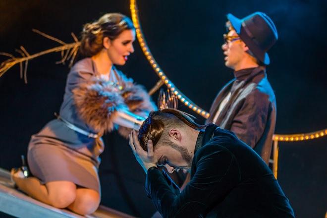 D.Cimerosa: Impresário v koncích - Doubravka Součková (Koloratura), Michal Marhold (Impresário), Martin Vydra (Libretista) - Divadlo na Orlí 2016 (foto Vojtěch Kába)