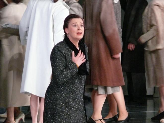 Richard Wagner: Lohengrin - Maida Hundeling (Elsa) - SND Bratislava 2013 (foto Alena Klenková)