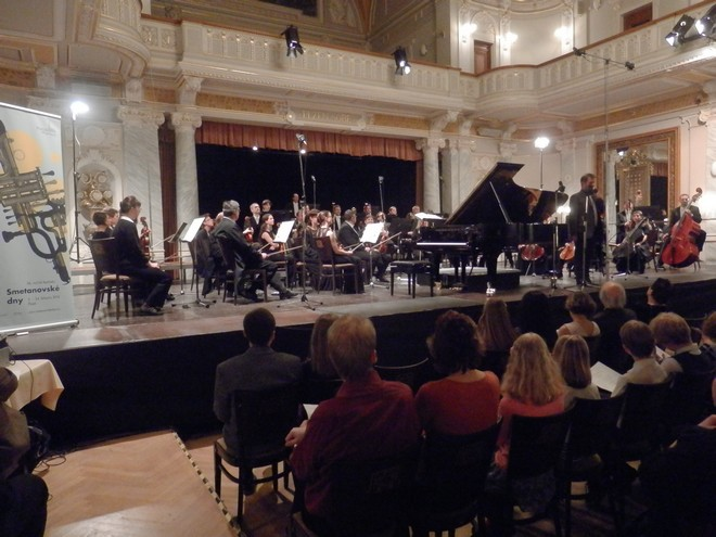Mezinárodní smetanovská klavírní soutěž 2016: Koncert vítězů - Tomáš Brauner, Plzeňská filharmonie (foto Petr Bureš)
