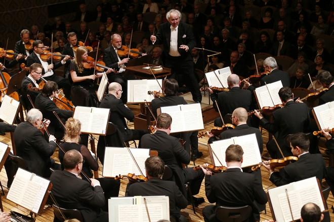 Symfonický orchestr Českého rozhlasu a Ondrej Lenárd (foto archiv SOČR)