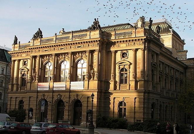 Divadlo F. X. Šaldy Liberec (zdroj tripwow.tripadvisor.com)